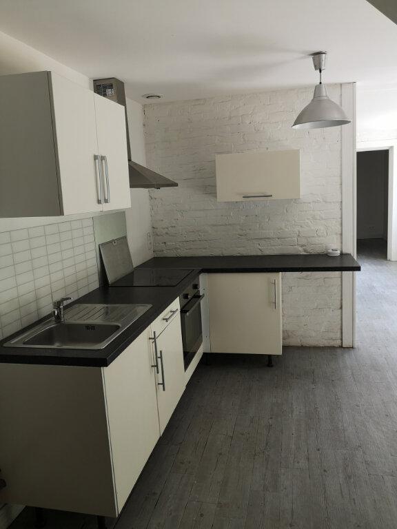Appartement à louer 2 40m2 à Notre-Dame-de-Bondeville vignette-1