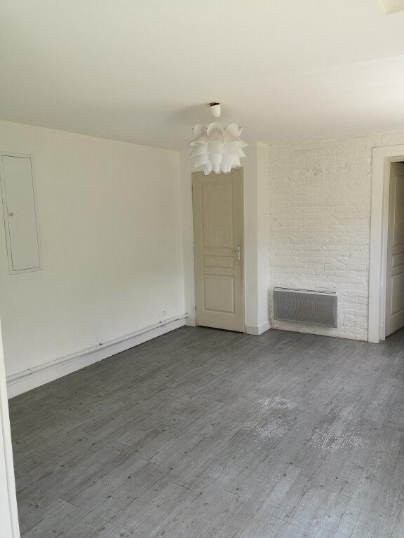 Appartement à louer 2 40m2 à Notre-Dame-de-Bondeville vignette-2