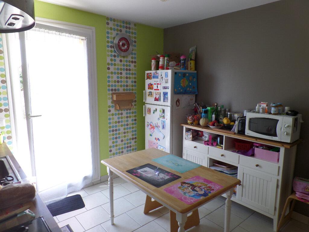Maison à vendre 5 120m2 à Saint-Aubin-lès-Elbeuf vignette-4