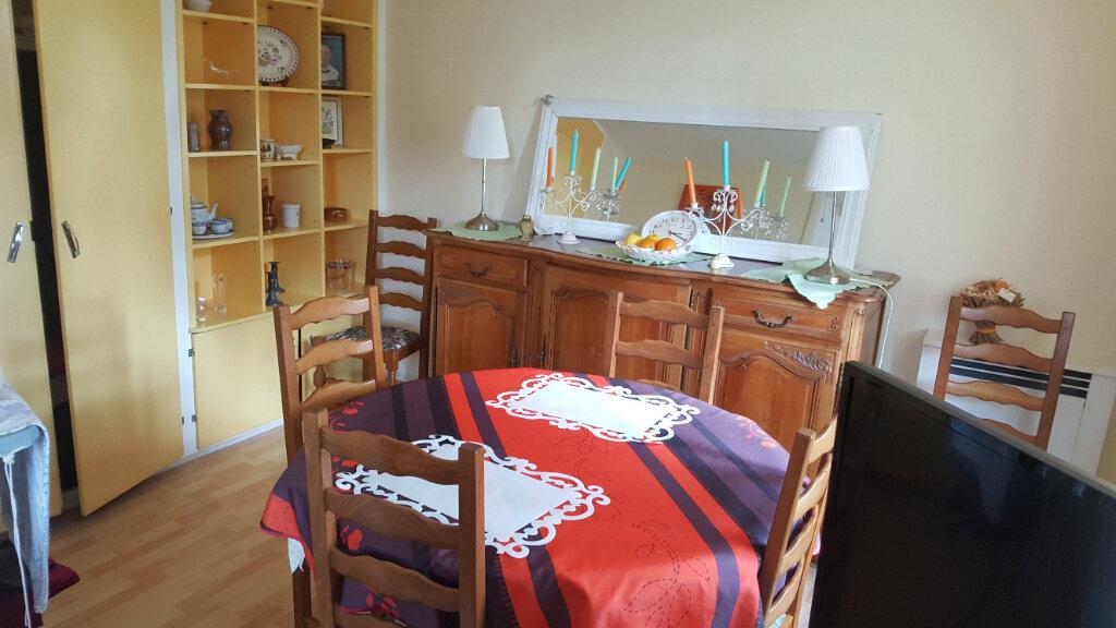 Appartement à vendre 4 67m2 à Saint-Aubin-lès-Elbeuf vignette-4
