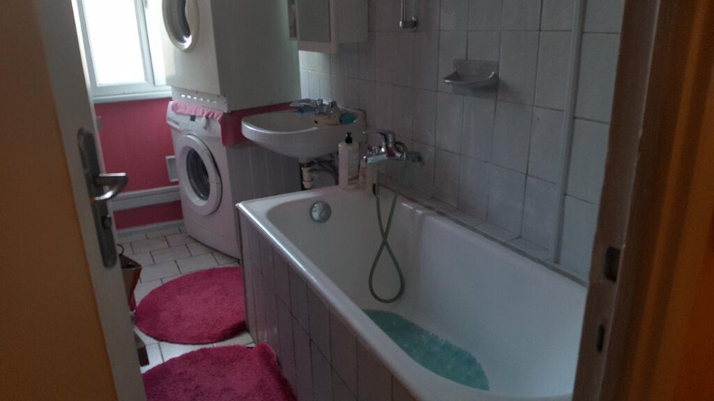 Appartement à vendre 4 67m2 à Saint-Aubin-lès-Elbeuf vignette-6