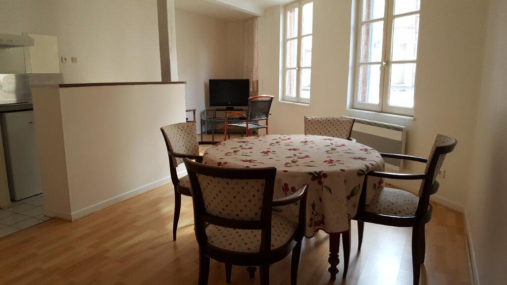 Appartement à louer 2 40m2 à Elbeuf vignette-1