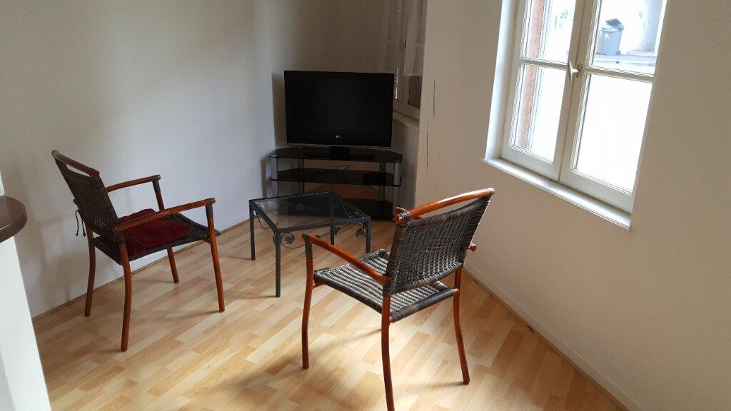 Appartement à louer 2 40m2 à Elbeuf vignette-4