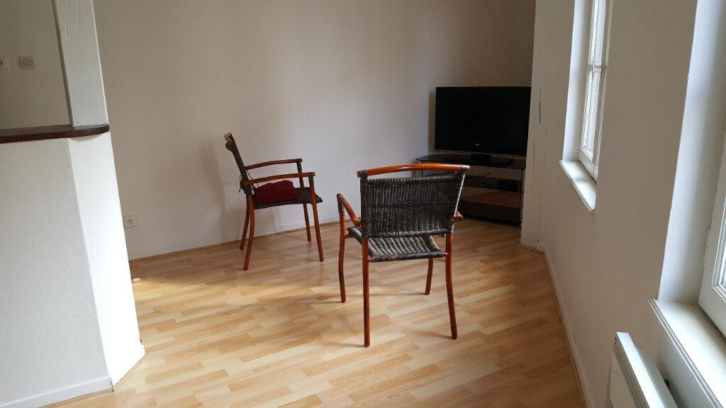 Appartement à louer 2 40m2 à Elbeuf vignette-6