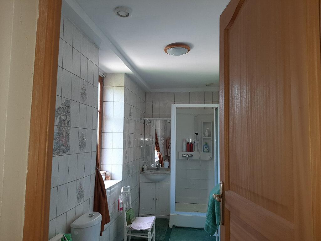 Maison à vendre 5 117m2 à Criquebeuf-la-Campagne vignette-4