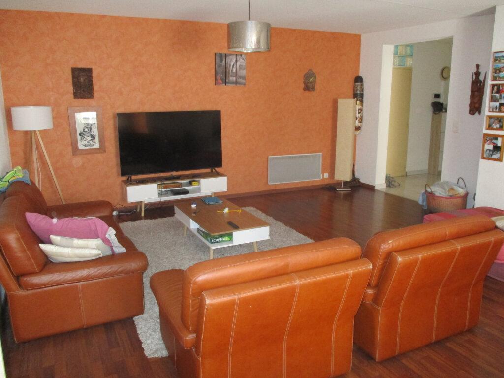 Appartement à vendre 4 141.4m2 à Alénya vignette-2