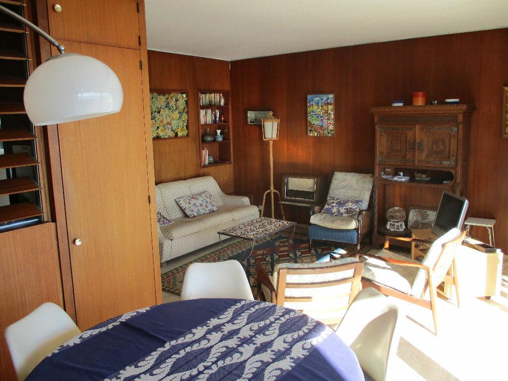 Appartement à vendre 3 48.52m2 à Saint-Cyprien vignette-3