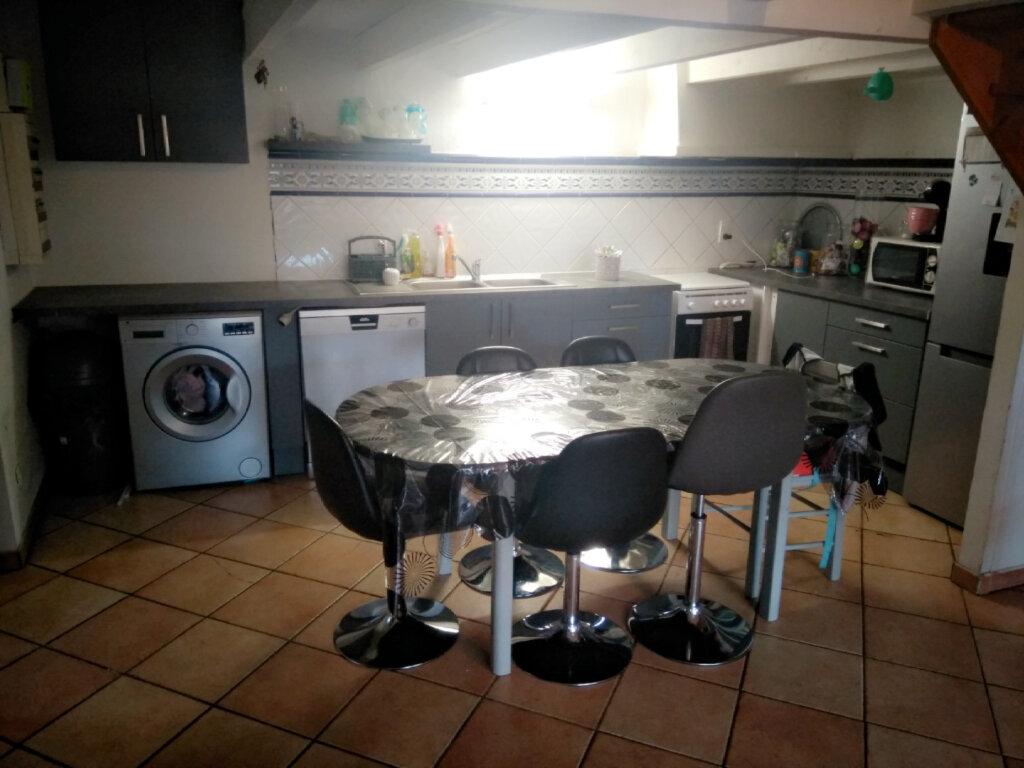 Appartement à louer 3 69m2 à Elne vignette-5