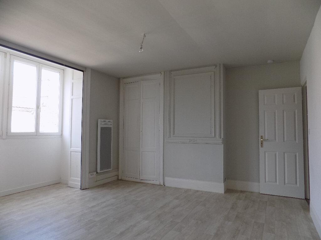 Appartement à louer 2 50m2 à Calais vignette-2