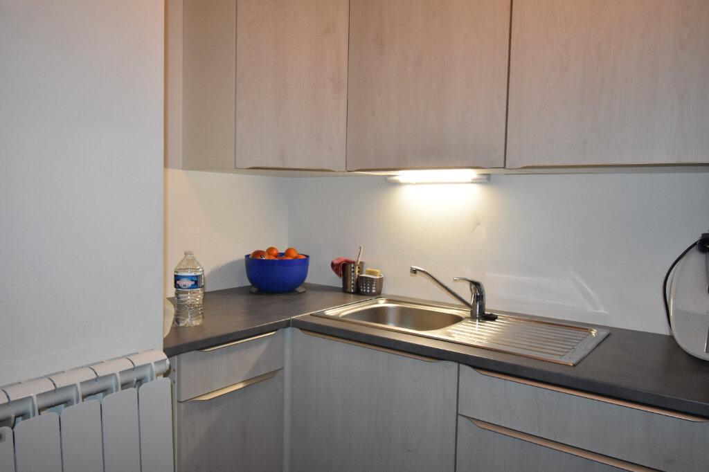 Appartement à louer 2 44.4m2 à Calais vignette-5
