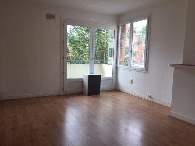 Appartement à louer 3 60m2 à Calais vignette-1