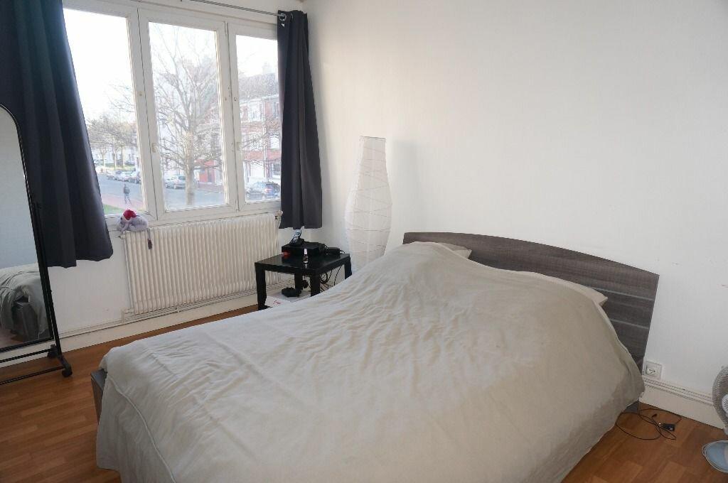 Appartement à louer 3 60m2 à Calais vignette-5