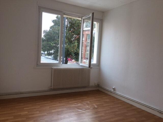 Appartement à louer 3 60m2 à Calais vignette-7