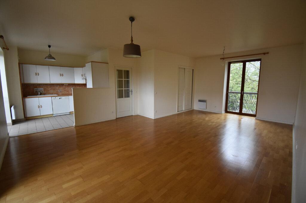 Appartement à louer 3 77m2 à Calais vignette-2