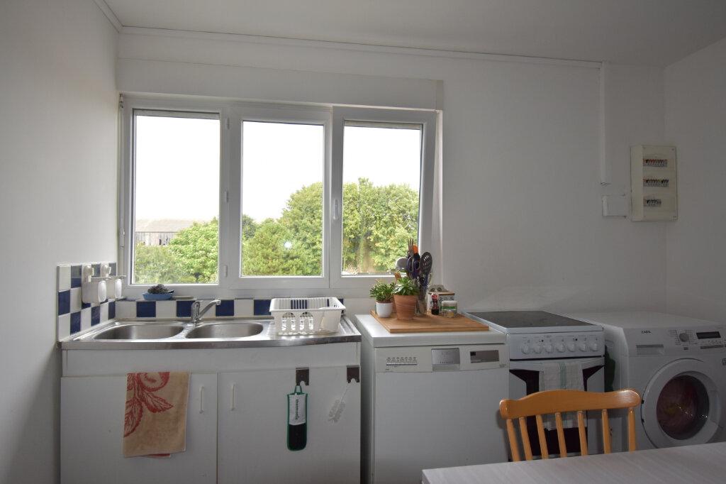 Appartement à louer 3 46m2 à Calais vignette-2