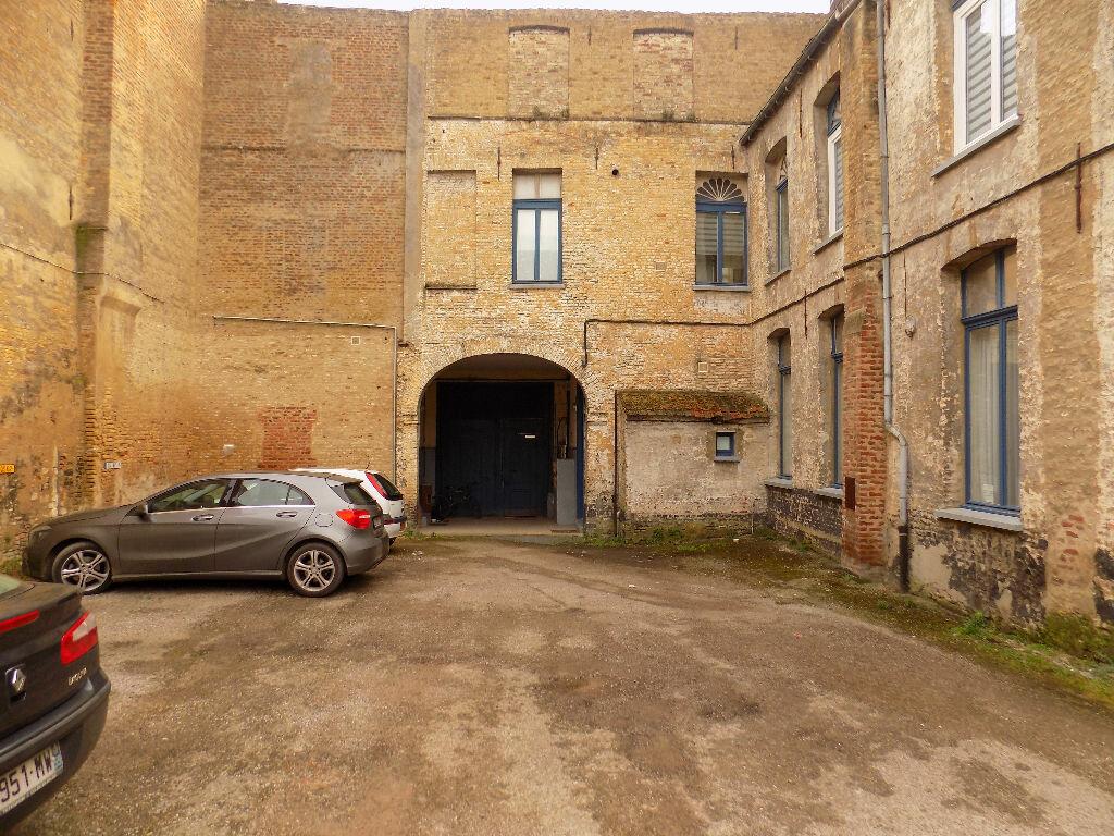 Appartement à vendre 4 110m2 à Saint-Omer vignette-1