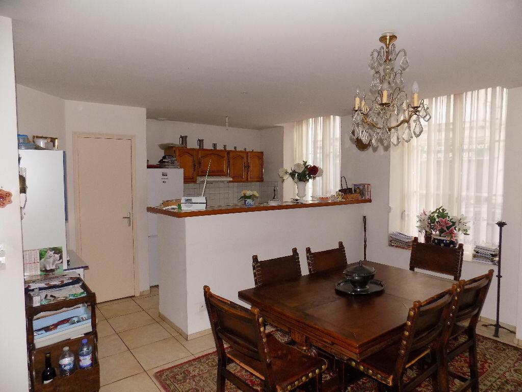 Appartement à vendre 4 110m2 à Saint-Omer vignette-2
