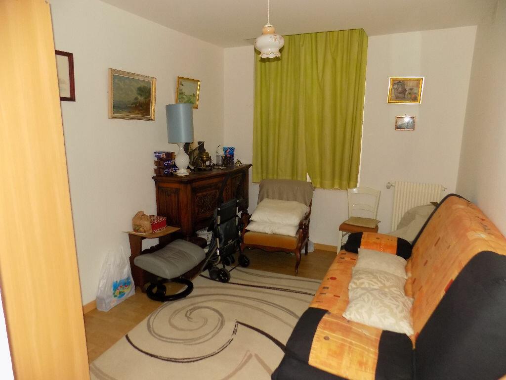Appartement à vendre 4 110m2 à Saint-Omer vignette-3