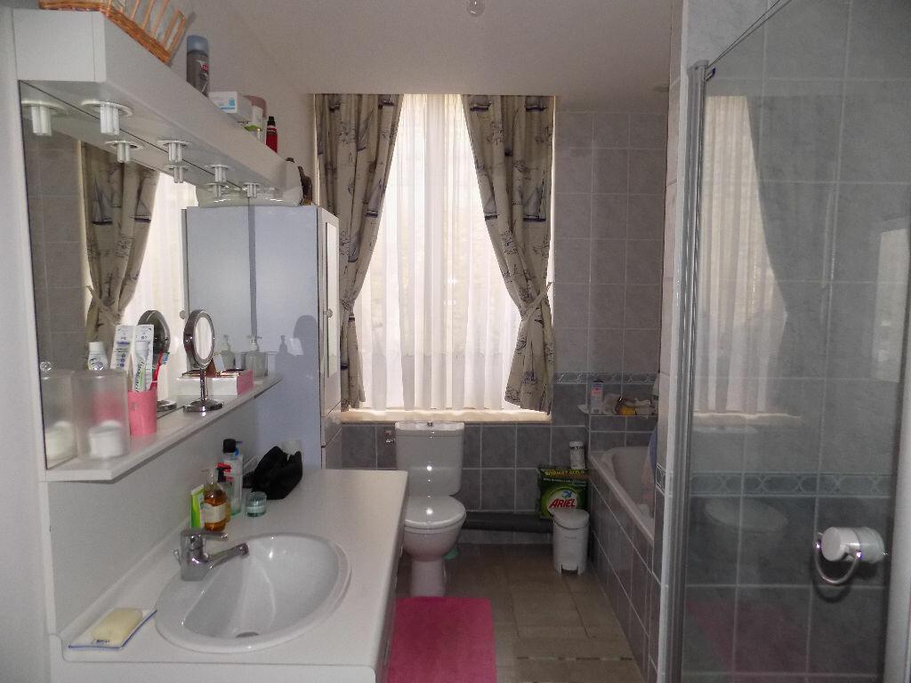 Appartement à vendre 4 110m2 à Saint-Omer vignette-6