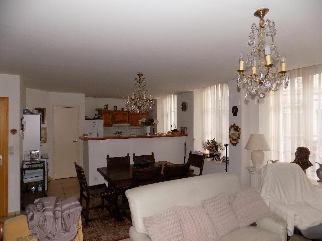 Appartement à vendre 4 110m2 à Saint-Omer vignette-8