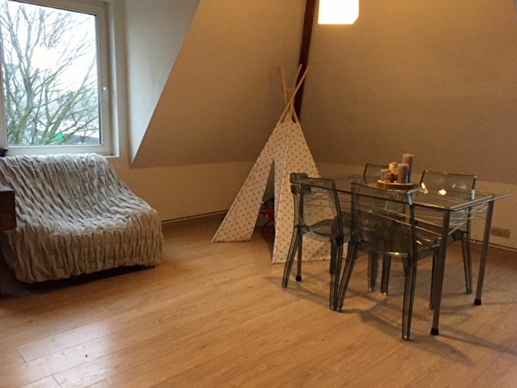 Appartement à louer 3 69m2 à Calais vignette-3