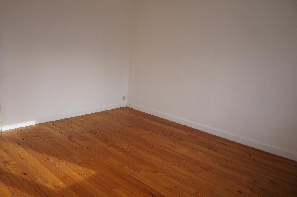 Appartement à louer 3 69m2 à Calais vignette-6