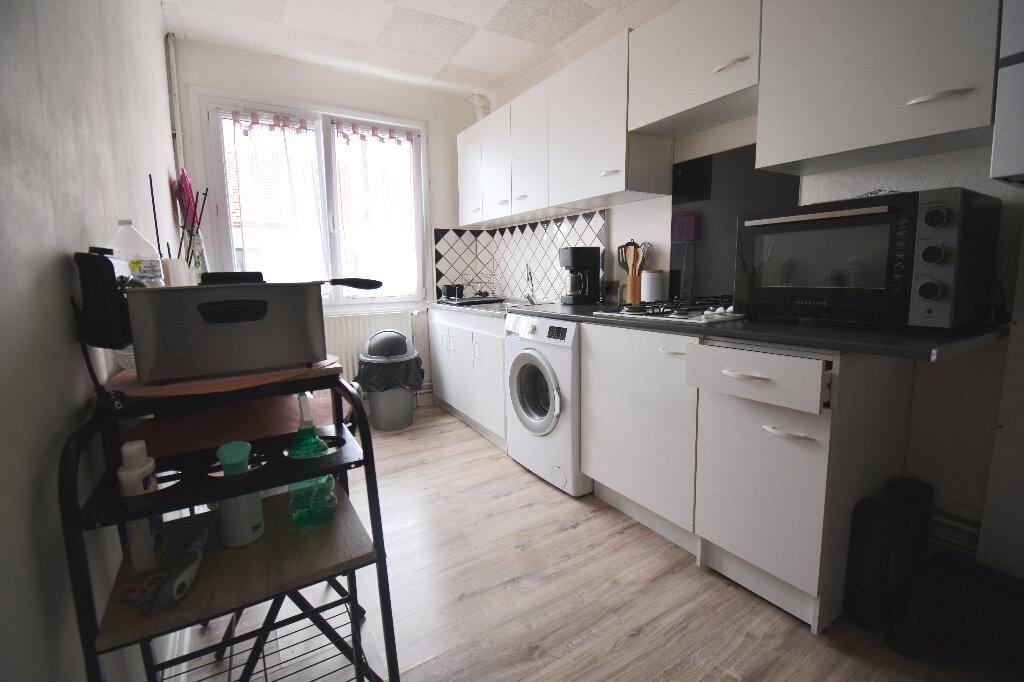 Appartement à louer 2 45m2 à Calais vignette-2