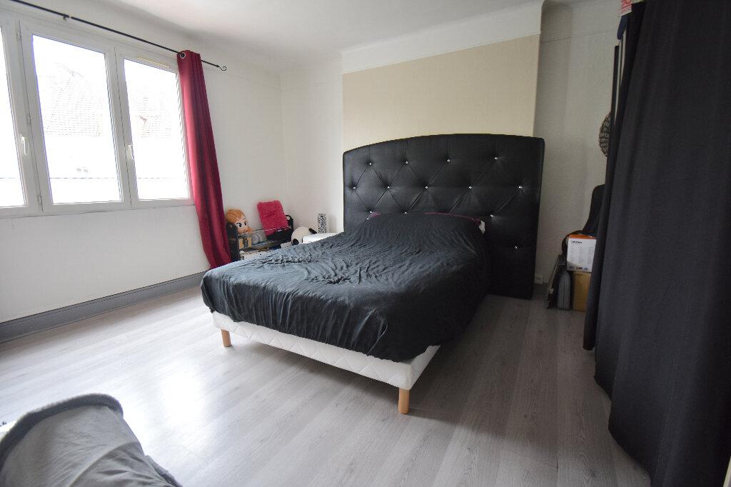 Appartement à louer 2 45m2 à Calais vignette-3