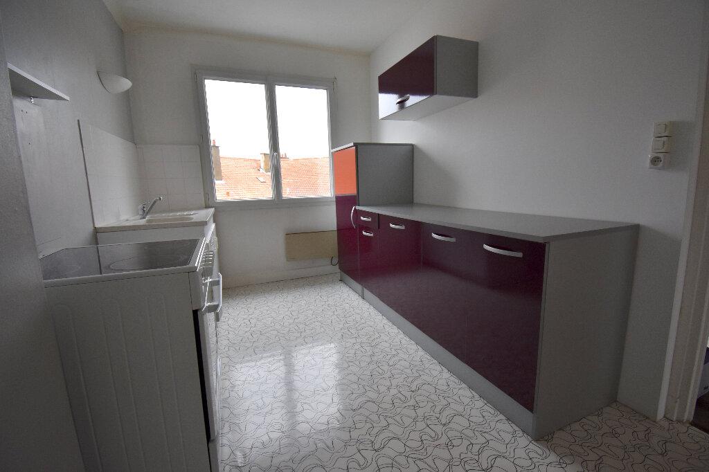 Appartement à louer 2 47m2 à Calais vignette-3