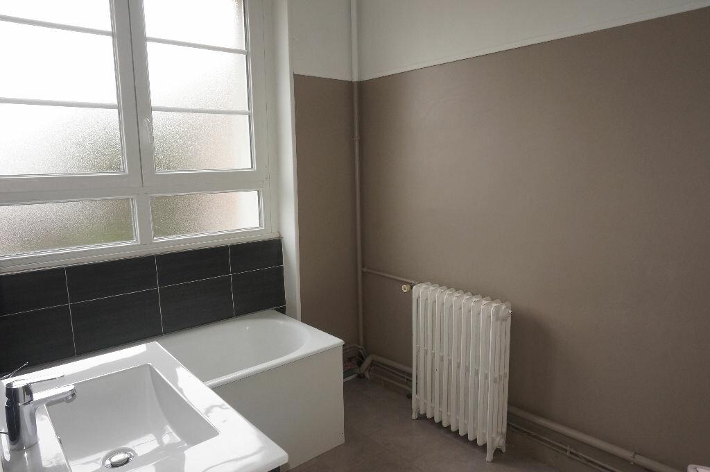 Appartement à louer 3 69.86m2 à Calais vignette-9