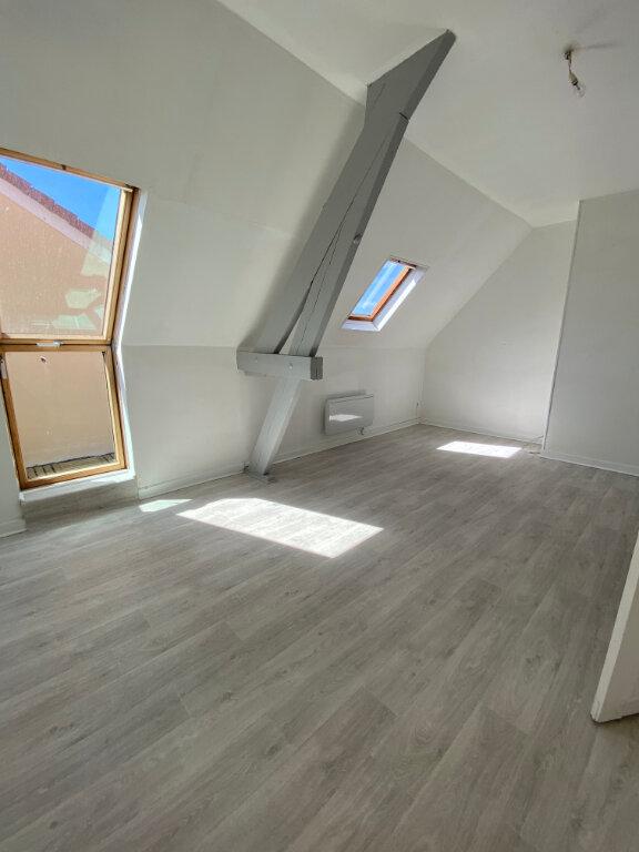 Appartement à louer 2 48m2 à Calais vignette-1