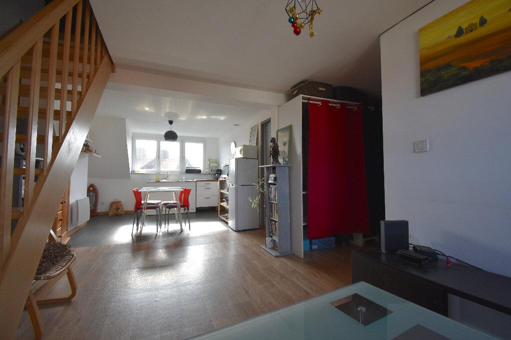 Appartement à louer 1 33m2 à Calais vignette-1
