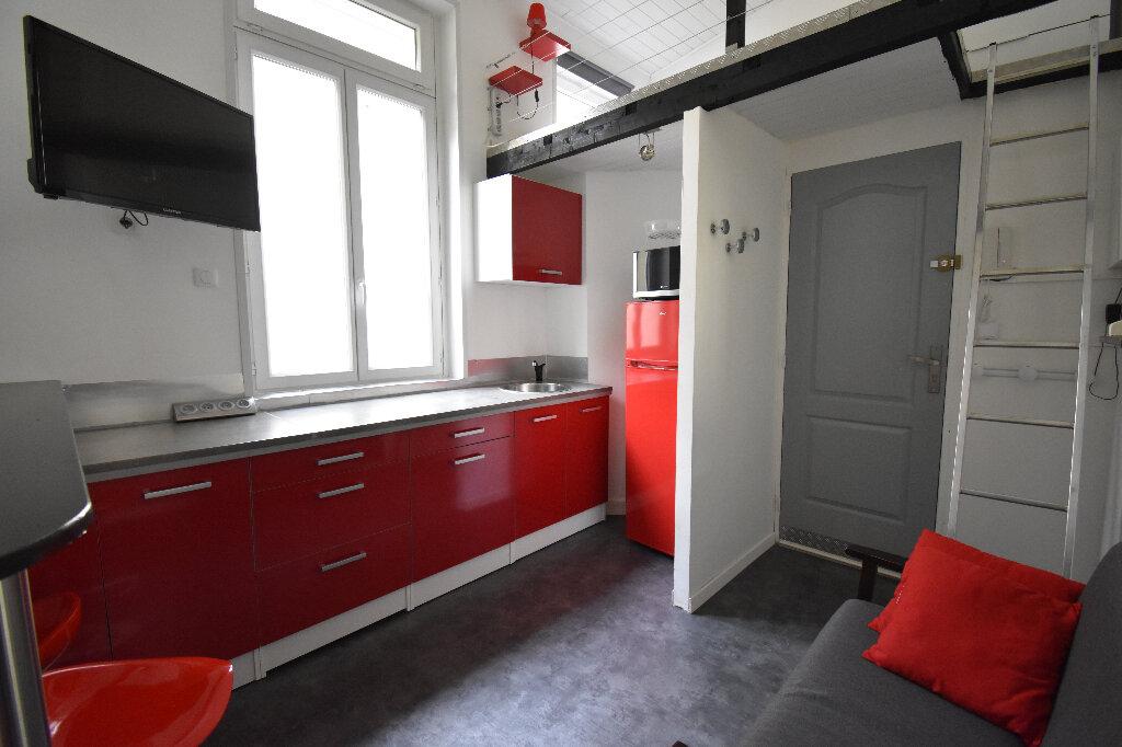 Appartement à louer 1 16.18m2 à Calais vignette-1