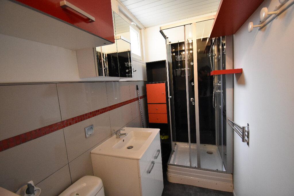 Appartement à louer 1 16.18m2 à Calais vignette-4