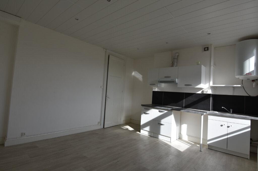 Appartement à louer 2 40m2 à Calais vignette-3