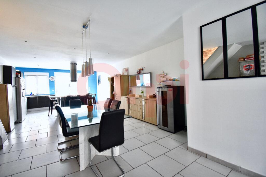 Maison à vendre 4 135m2 à Calais vignette-2