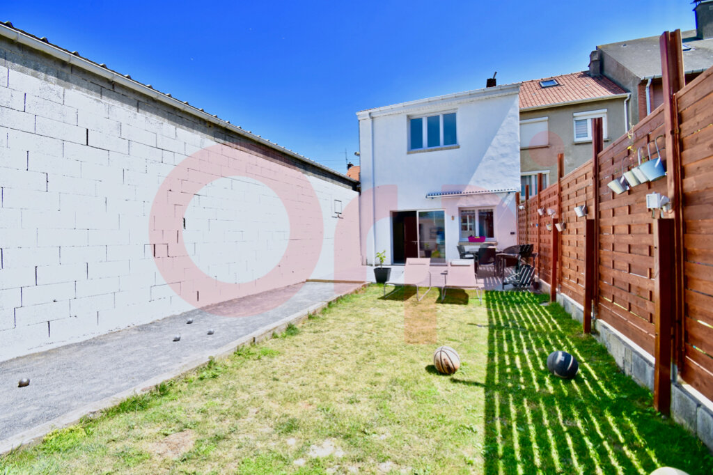 Maison à vendre 4 135m2 à Calais vignette-5
