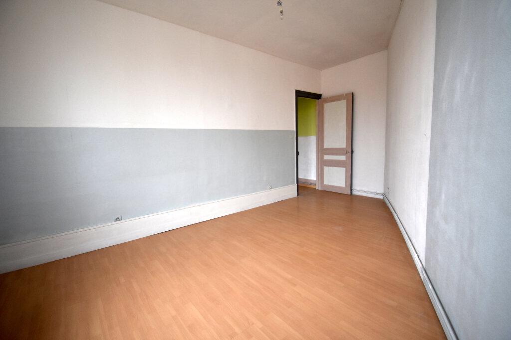 Appartement à louer 3 81m2 à Guînes vignette-4