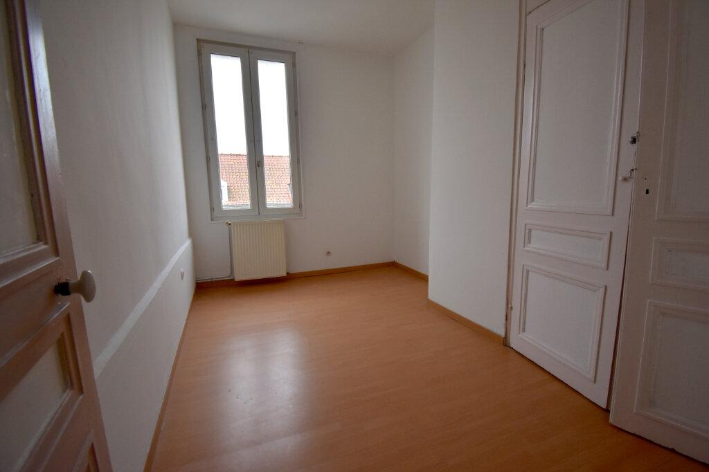 Appartement à louer 3 81m2 à Guînes vignette-5