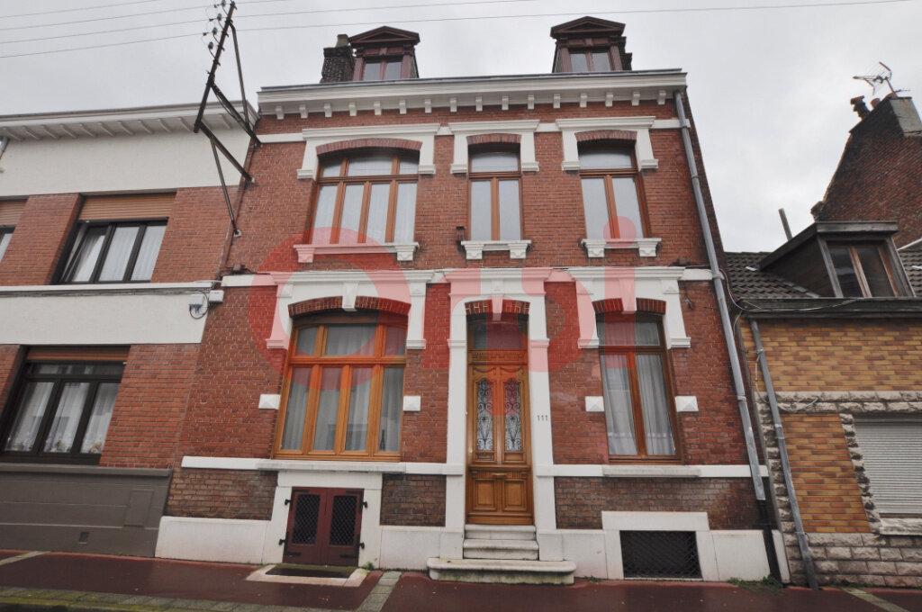 Maison à vendre 4 145m2 à Calais vignette-1