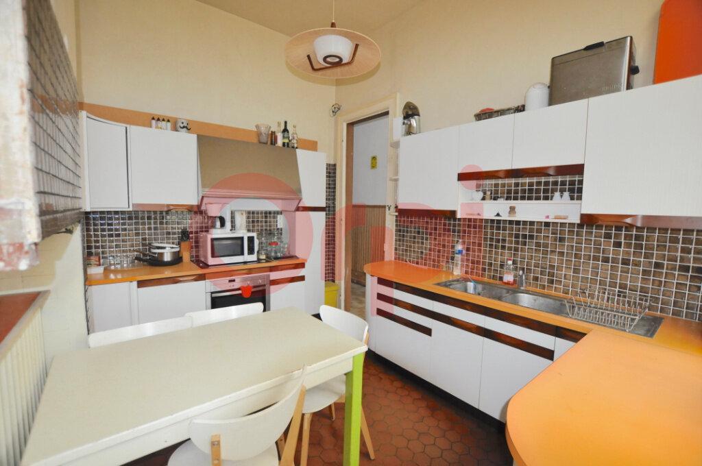 Maison à vendre 4 145m2 à Calais vignette-5