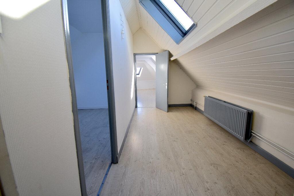 Appartement à louer 3 86m2 à Guînes vignette-6
