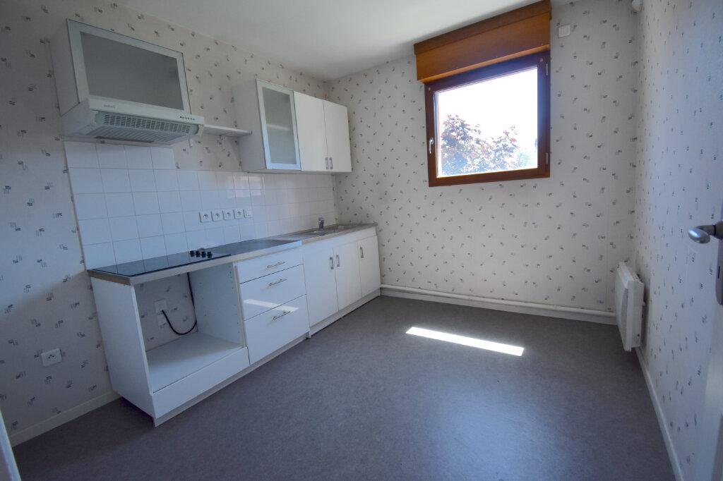 Appartement à louer 3 70m2 à Calais vignette-5