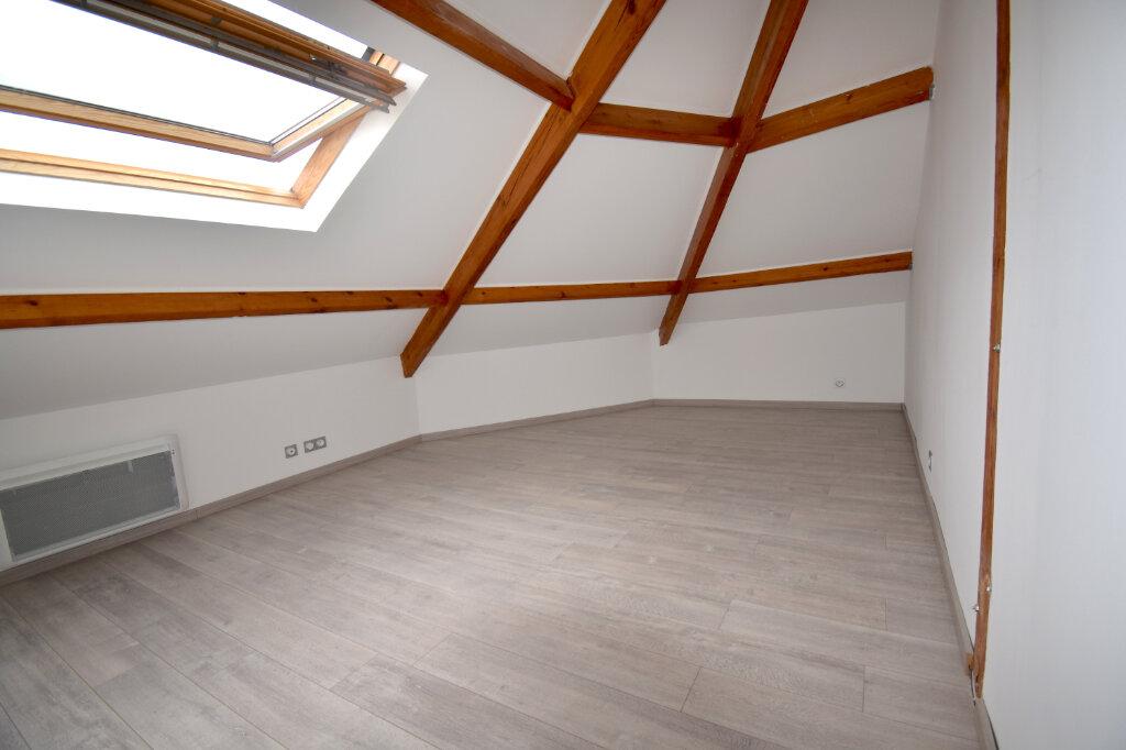 Appartement à louer 2 31.27m2 à Calais vignette-1