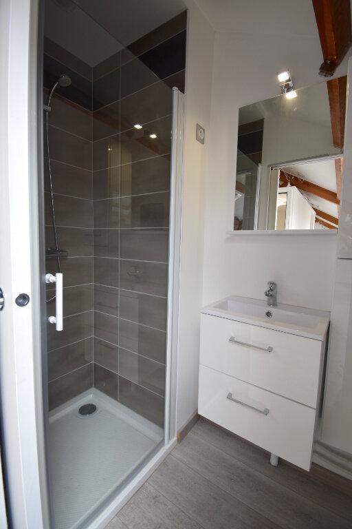 Appartement à louer 2 31.27m2 à Calais vignette-3