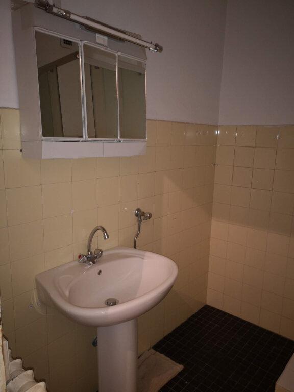 Appartement à louer 1 27.42m2 à Nice vignette-6
