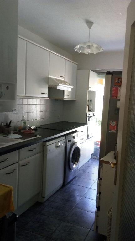 Appartement à louer 3 64m2 à Nice vignette-2