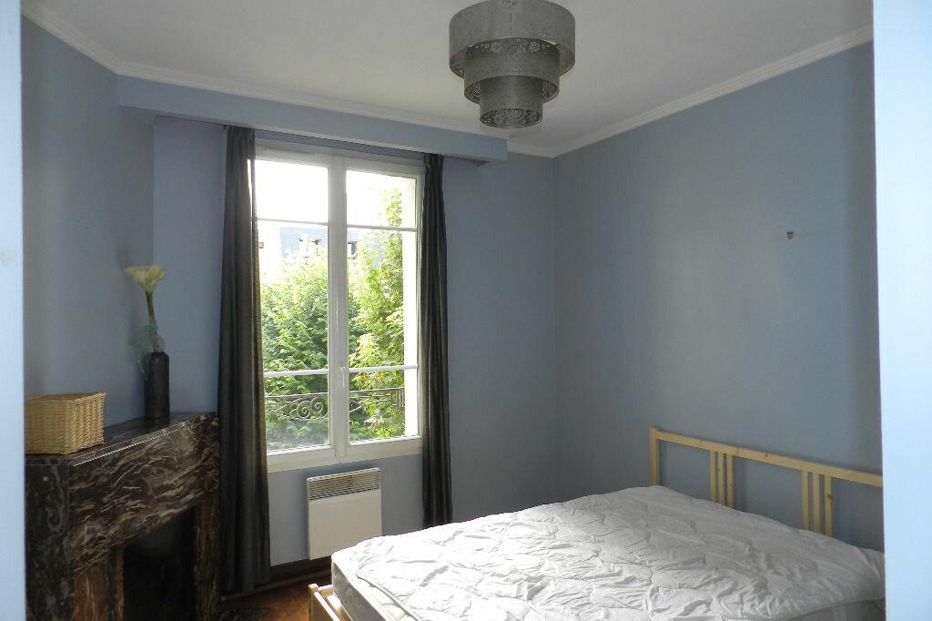 Appartement à louer 2 48.71m2 à La Varenne - Saint-Maur-des-Fossés vignette-5