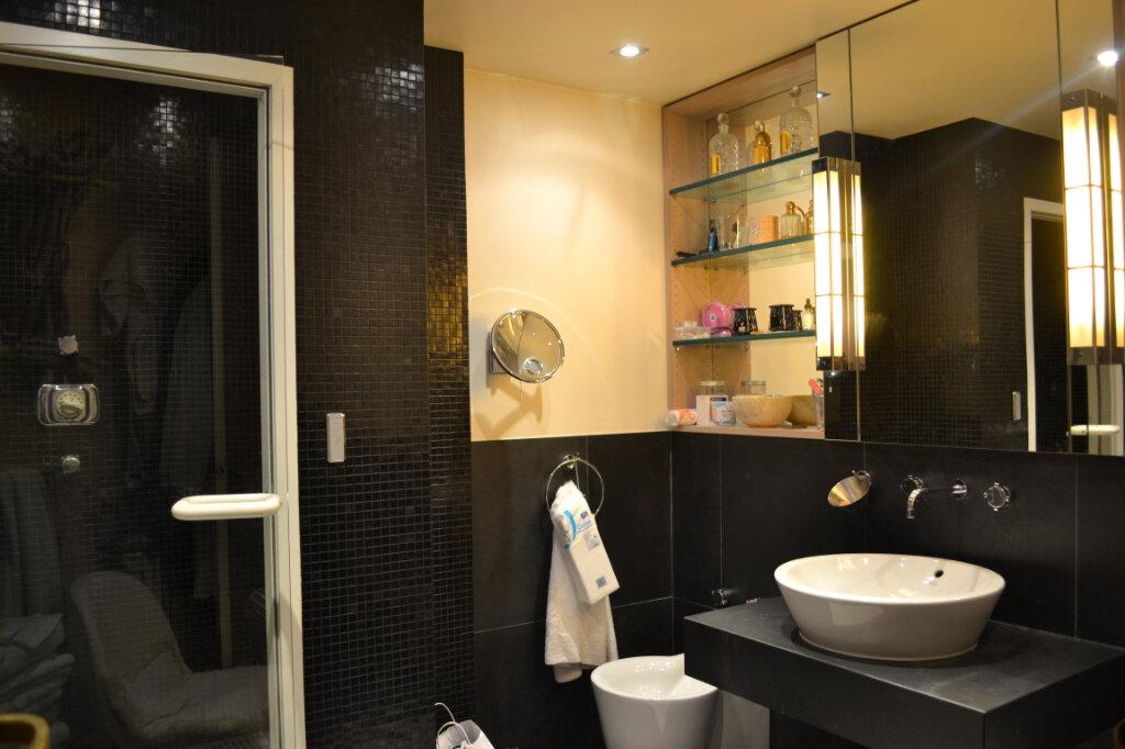 Maison à vendre 7 320m2 à La Varenne - Saint-Maur-des-Fossés vignette-6