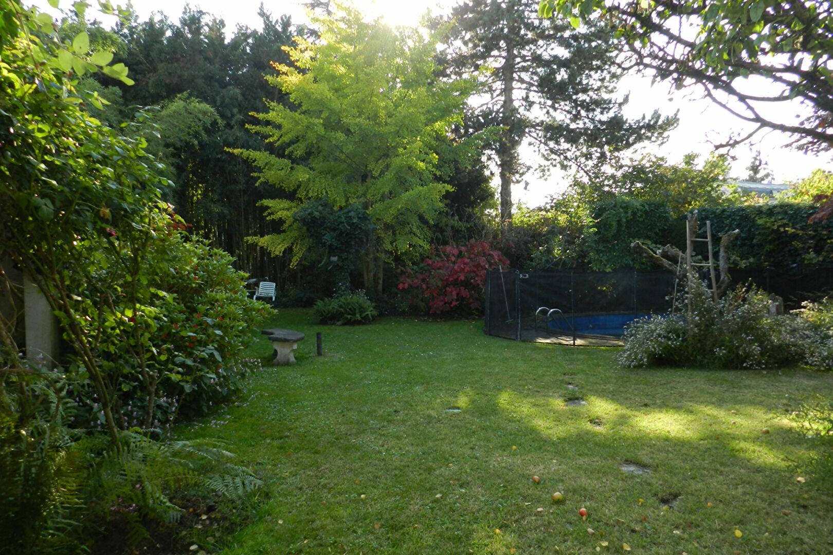 Maison à vendre 7 320m2 à La Varenne - Saint-Maur-des-Fossés vignette-7